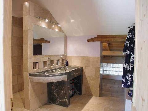 salles de bain pierre noir des alpes